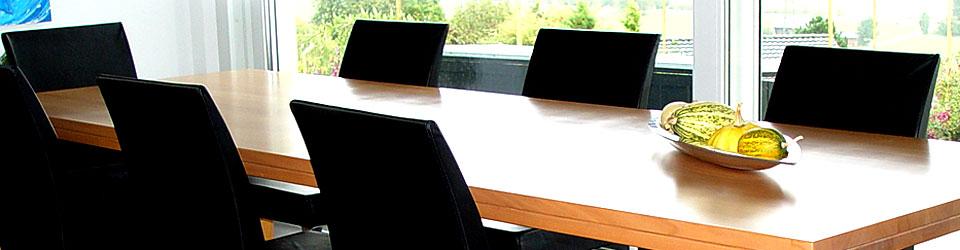 Header-Tisch.jpg